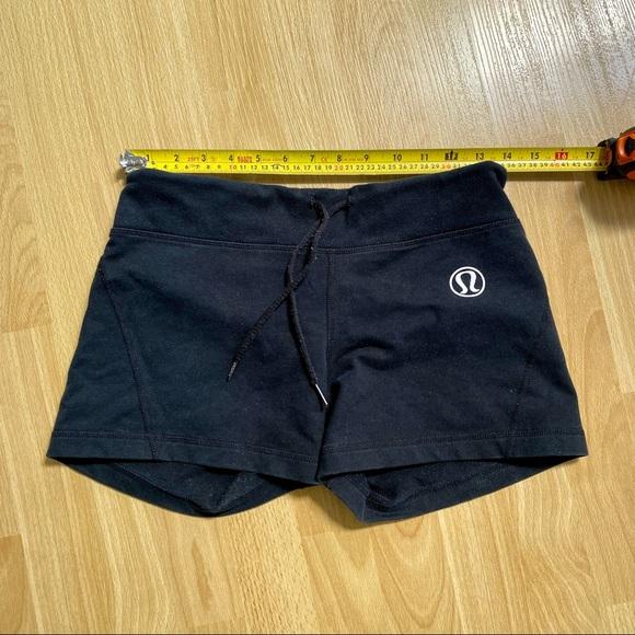 GUC lululemon shorts
